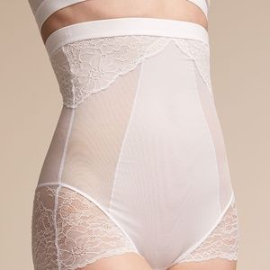 Spanx high waisted lace bootyshorts